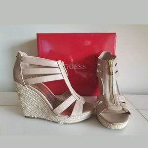 NEW GUESS Beautiful WEDGE, COLOR TAN, SIZE 8.5